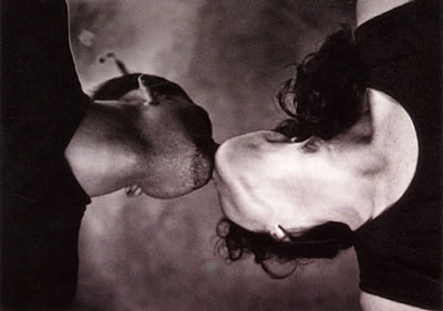 The Kiss - PHOTO SARAH SAUDEK